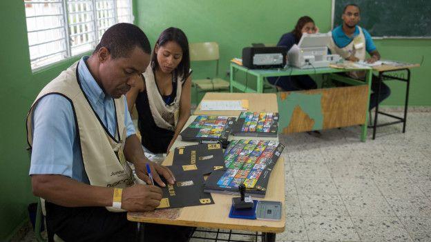 El actual presidente y candidato a la reelección, Danilo Medina, lleva ventaja en las encuestas.